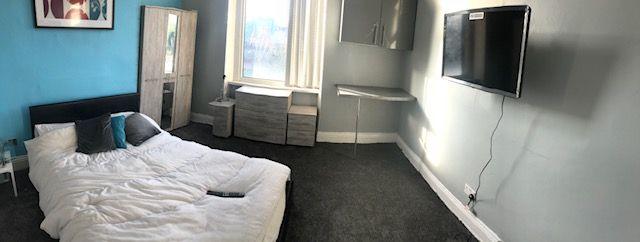 Room 4, 50 Ashgrove